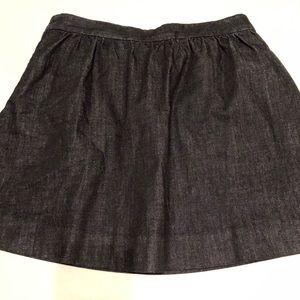 J Crew denim skirt size 8 side pockets and zip